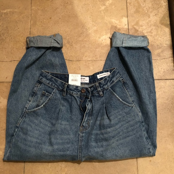 slouch mom jeans cotton on